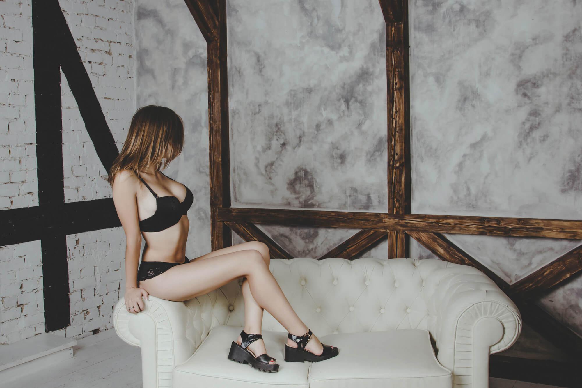 Сексуальная фотосессия девушки